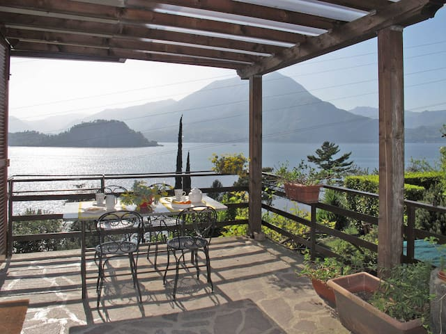 Holiday apartment in Varenna (LC)