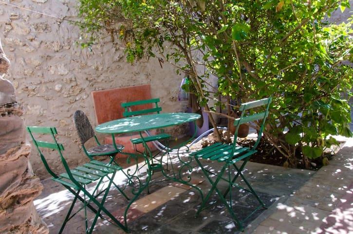 Chez Anne Riad berbère  8- 9  pers charme certain - เอสเซาอิรา - บ้าน