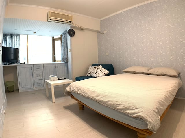 Private living in Taipei, 2 min walk from MRT G15