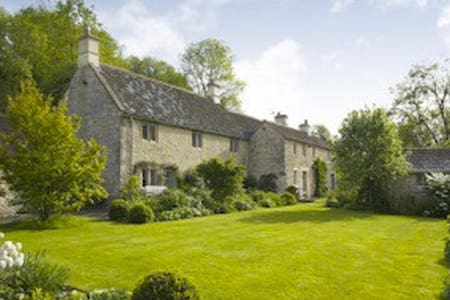 Brook Cottage- only 5 day+ Xmas/ NY - West Kington - Hus