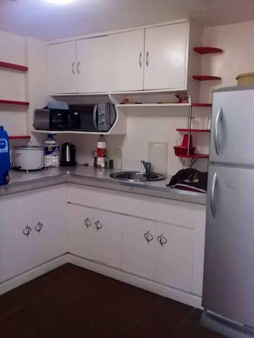 2BR condo unit in Mandaluyong with AC