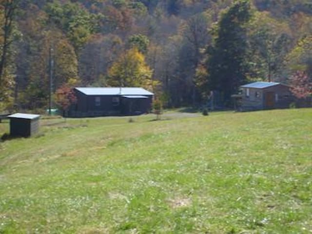 House on Secluded 20 acres. - Willis