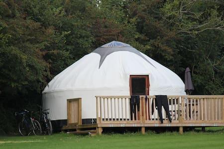Luxury Yurts with hot tub - Liskeard - Yurt