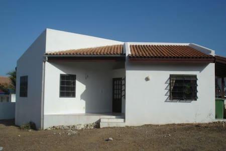 Ruim vakantiehuis op Curacao - Sint Michiel - Cabin
