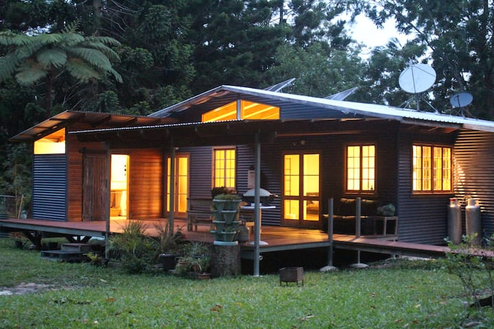 Crystal Creek Rainforest Eco Cabin