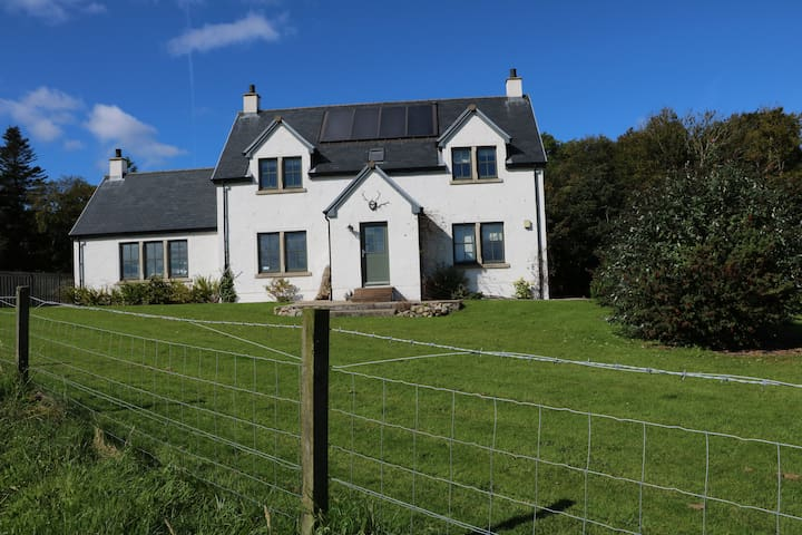 BishopsWell - Isle of Jura, dog friendly
