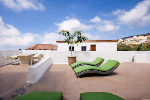 Sound & Massage Therapy Home in Tenerife