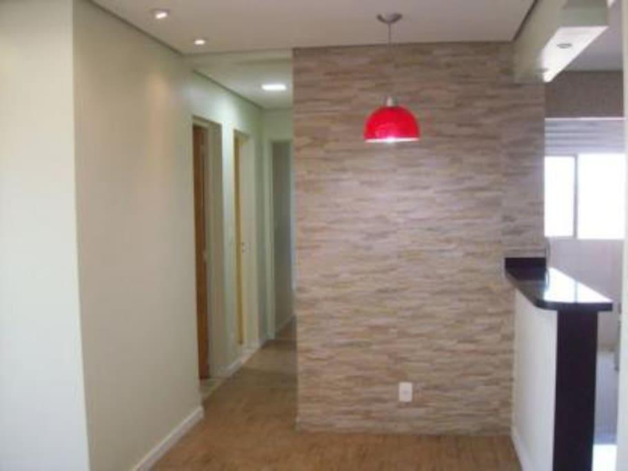 apartamento todo reformado e mobiliado com TV e 3G no local