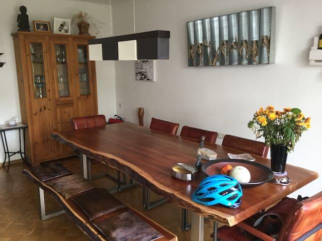 Schönes, stadtnahes Haus in Leer - Leer (Ostfriesland) - Дом