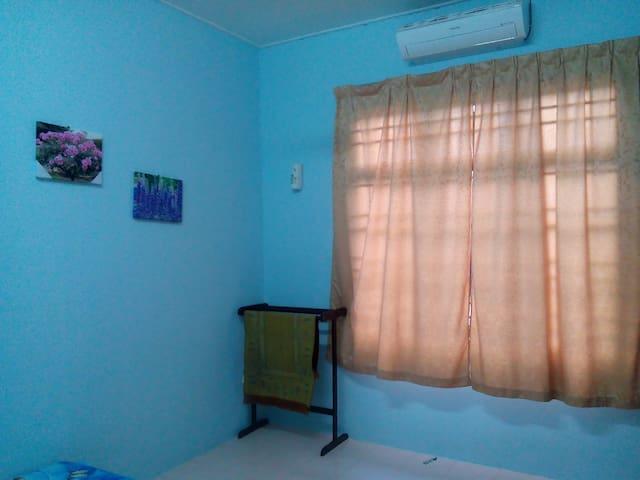 HOMESTAY KOK LANAS-HASYAM GUEST HOUSE(unit biasa)
