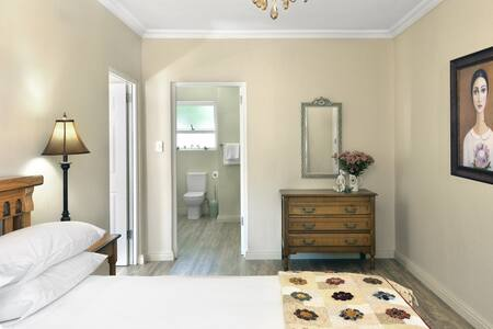 Grande Plaisir Protea unit (self-catering) - Franschhoek