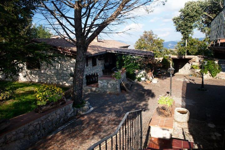 Splendido casale in pietra del '900 - Amaseno