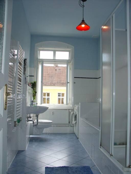 big bathroom with window