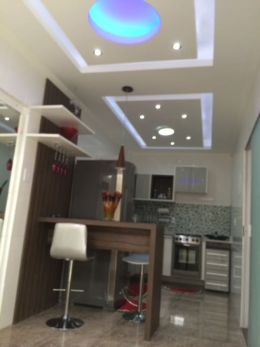 Cozinha: Geladeira, Fogão, Microondas