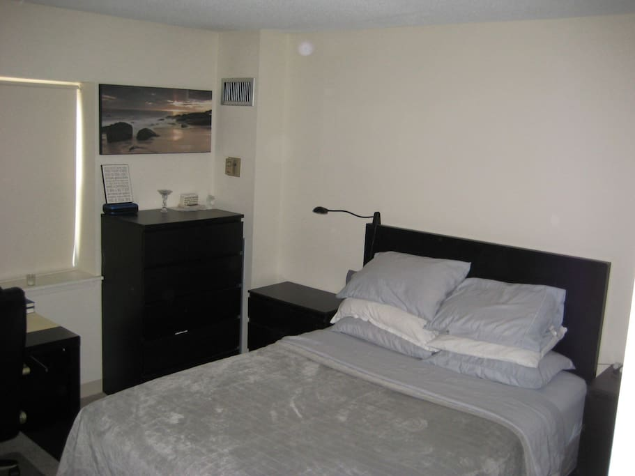Excellent 1 Bedroom Apartment Apartments For Rent In