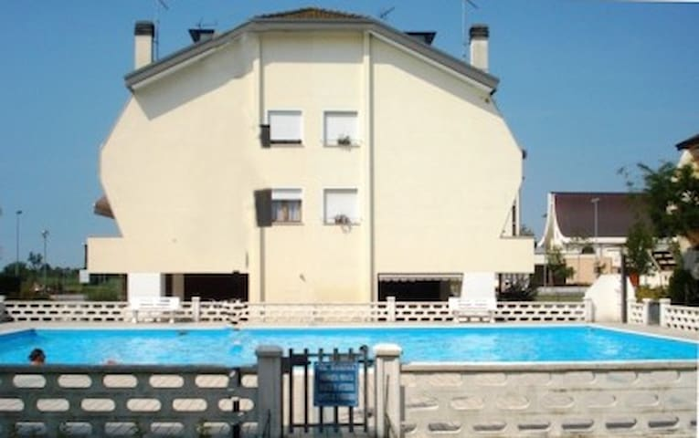 Art Decò with Swimming Pool,Venice - Porto Santa Margherita - Holiday home