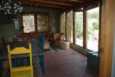 The Eyrie - Ranchos de Taos - Maison