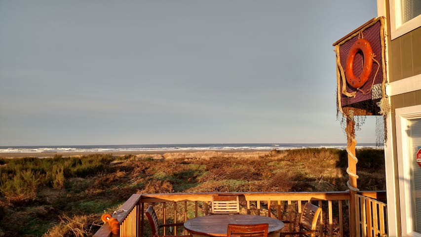 Fantastic Sunrise/Sunset Views-Private Beach Path - Grayland - House