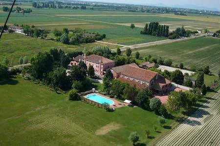 "Farmhouse ""Villa Grimani"" Salariati - Apartment"