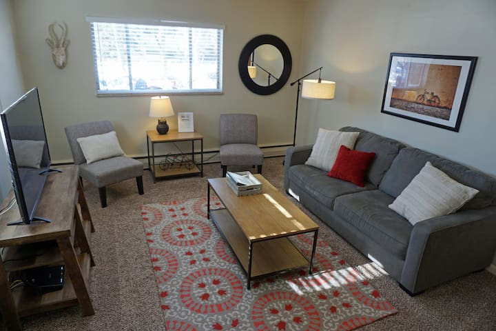 Stylish condo in the heart of Old Town