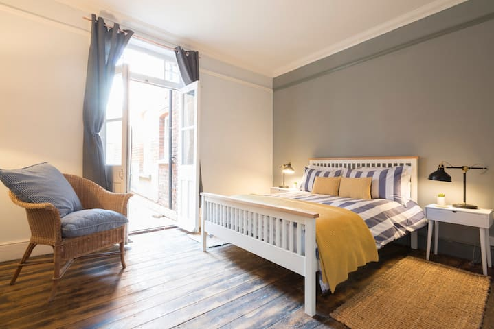 The Sands Sheringham - luxury family apartments