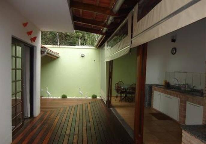 Boraceia - Casa em Condomínio