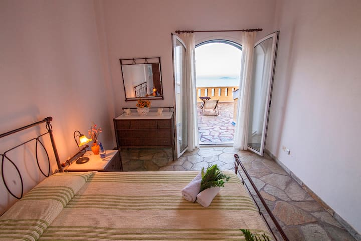 Traditional Bed&Breakfast on Corfu Trail - Spartilas - Bed & Breakfast