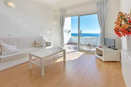 500 m beach, top floor, ocean view, Wi-Fi