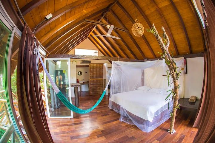 Native Tropical  Cabin (Planta Alta)