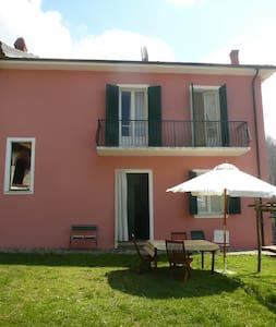 Casa rosa - Bonvicino