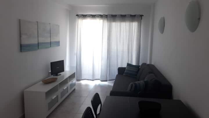 Apartamento luminoso y con vistas al mar