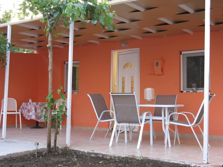 Little House Ligia, Quiet & 30m from the beach