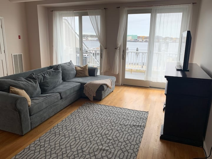 Large Waterfront Luxury Apartment