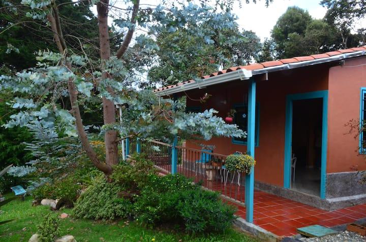 Descansa en medio de la naturaleza en Santa Elena