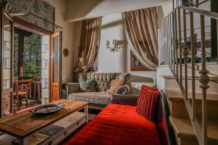 Pindos Resort - Luxury Traditional Villas