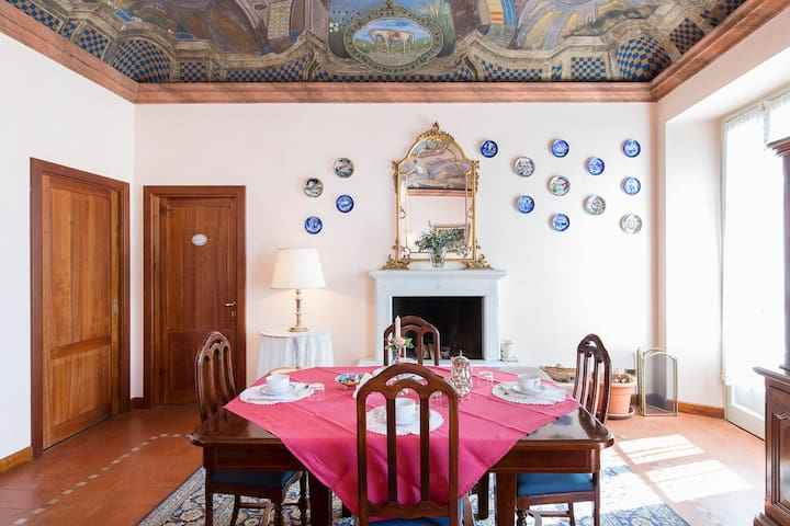 B&B Flavia - Due camere in una casa d'epoca - โคโม - บ้าน