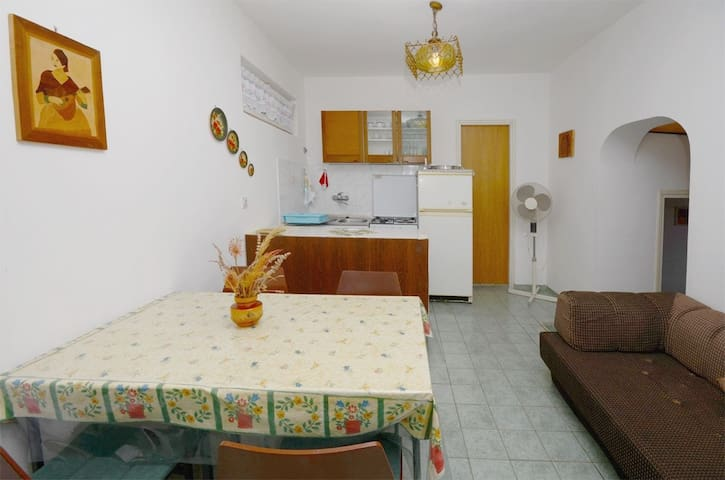 Two Bedroom Apartment, seaside in Suha Punta, Terrace