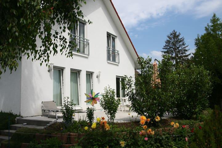 Haus in Konstanz,zentral und grün. - Konstanz - Haus
