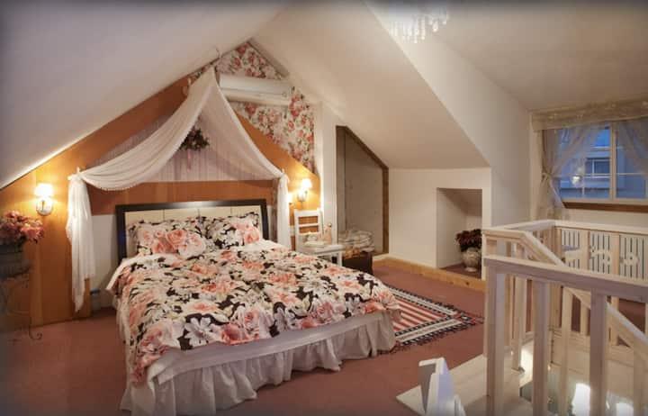 모네, 설악산과 낙산사 인근의 노천스파가 있는 커플 객실