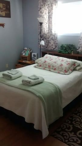 Master Bedroom, Private Entrance - Santa Maria - Dom