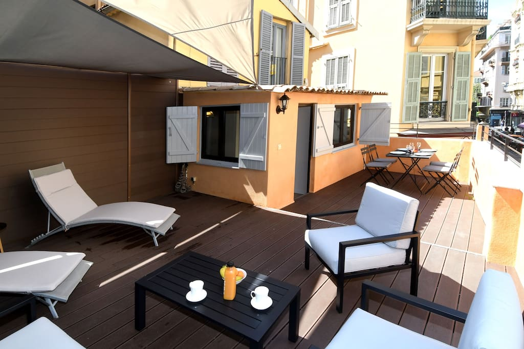 Terrace 40 m2 on Massena Square