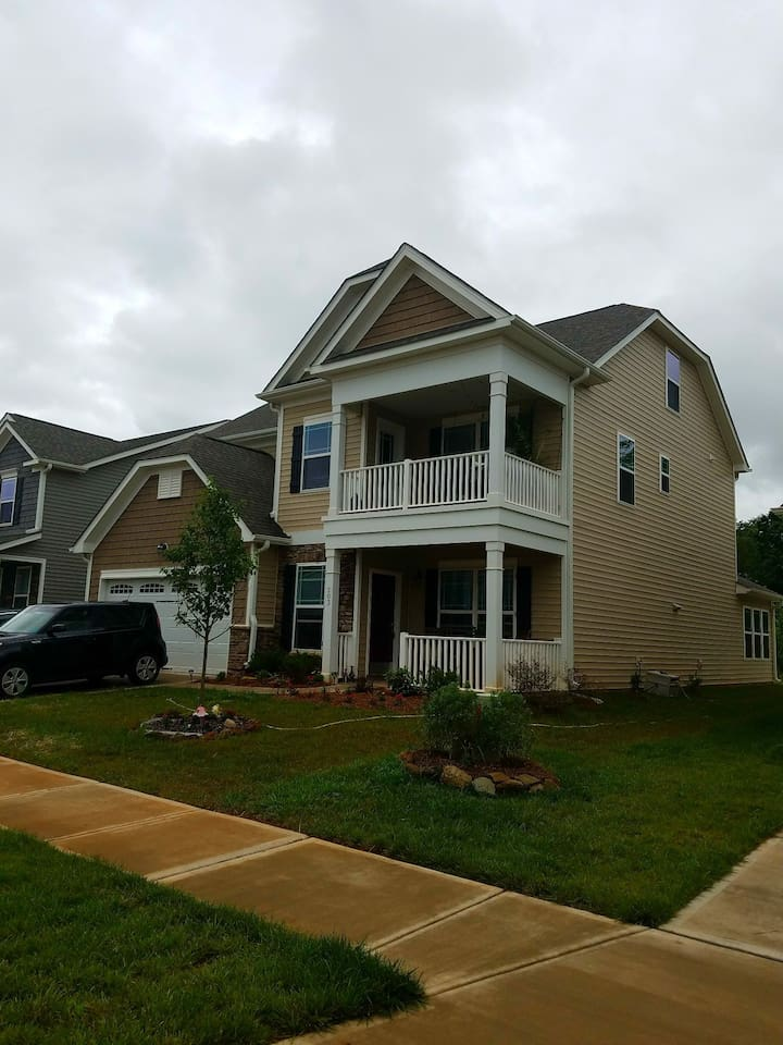 Our 5 br 4ba home. Please inquire if you need additional sleeping arrangements!