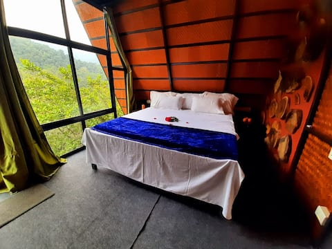 Hide In- Nature Chalets @ Holistic Stay