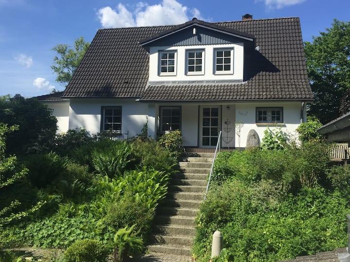 Großes Ferienhaus natur und zentrumsnah in Mölln!