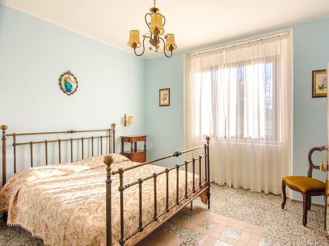 Villa Bruna: FREE WIFI,wide garden,weekly discount