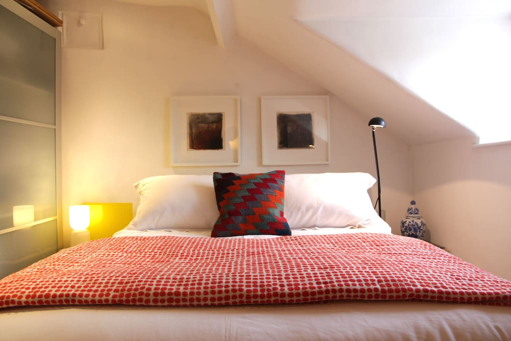 comfy bed with  crisp linen sheets