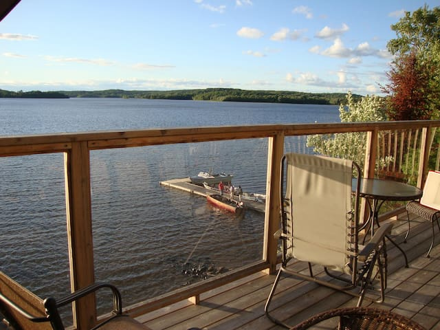 Amazing View - Commanda Lake  Chalet