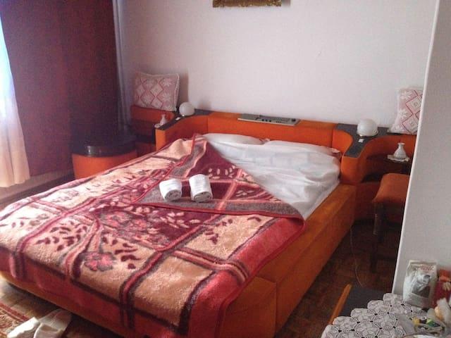Apartment in private house - Sarajevo - Huoneisto