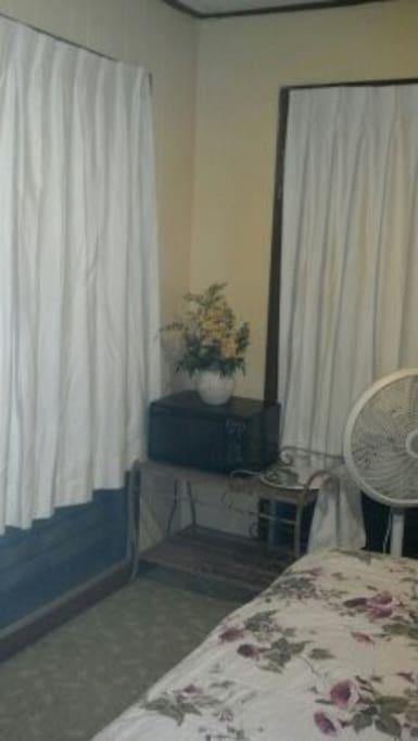 Furnished Room Makiki Heights A