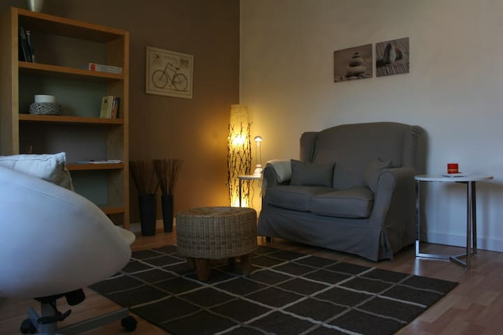 Cosy and nice apt in Cologne North - Colonia